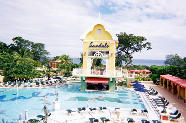 The Manor side pool at Grande Ocho Rios