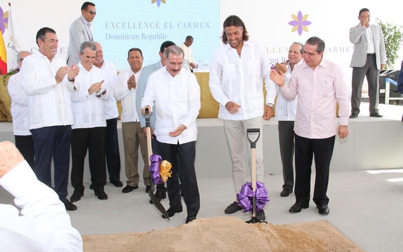 Travel blog: Work on Excellence El Carmen Officially Begins