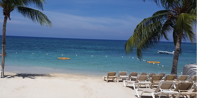 8208d1104 Carly Explores Sandals and Beaches Weddings in Jamaica