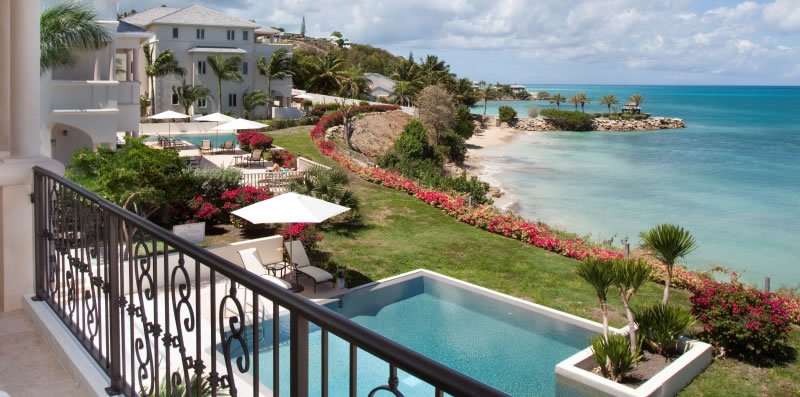 Travel blog: Blue Waters & The Cove Suites: The Luxury Retreat You've Always Dreamed About
