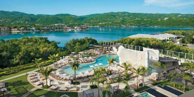 Travel blog: Indulge in Adults-Only Luxury at Breathless Montego Bay Resort & Spa
