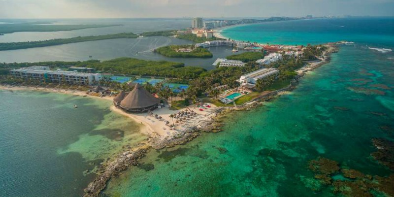 Travel blog: Discover the Ultimate Family Getaway at Club Med Cancun Yucatán.