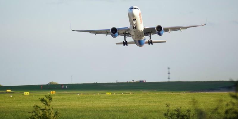 Take off - Bristol airport