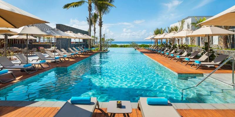 Anantara Iko Mauritius Resort main pool area