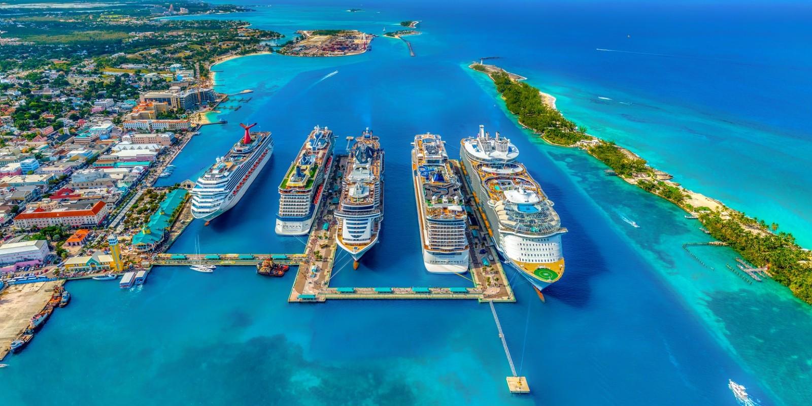 cruise-ships-bahamas